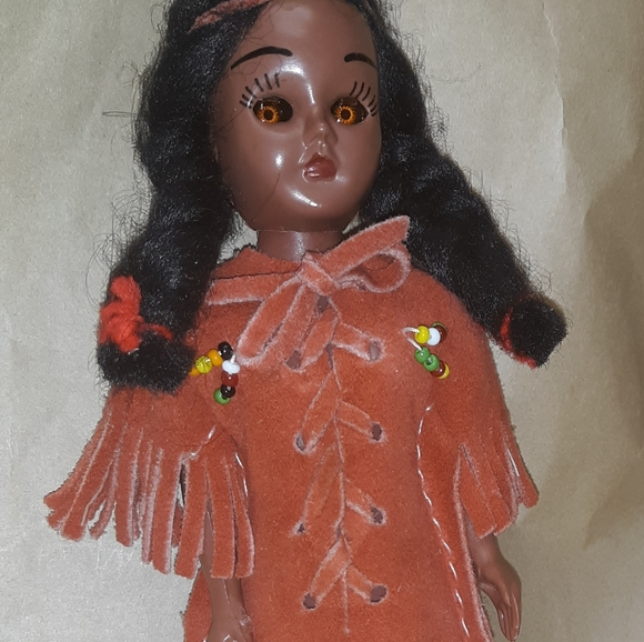 Other - Native American collectors doll